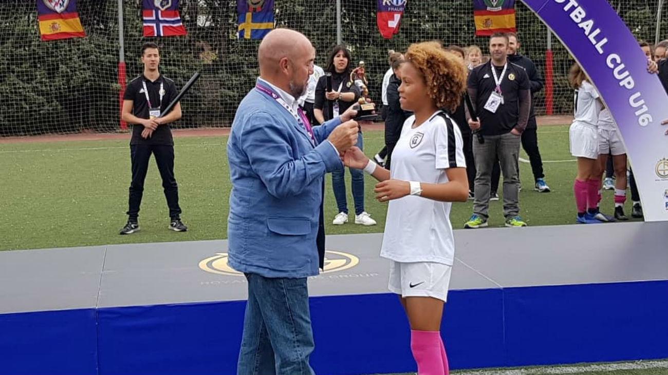 1-1 (4-5). El Madrid CFF gana la Football Cup Girls