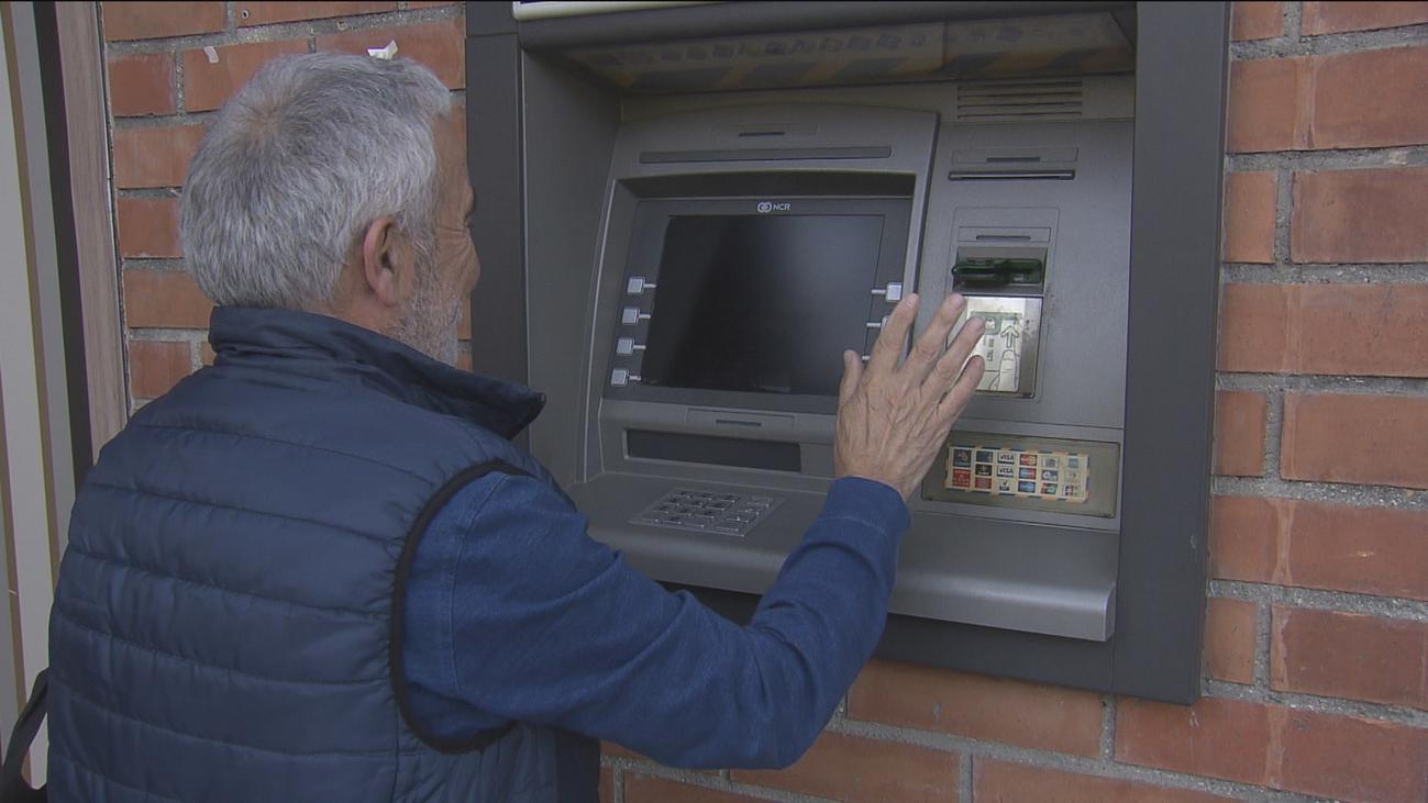 Los bancos, obligados ya a abrir cuentas de pago gratuitas a personas en riesgo de vulnerabilidad