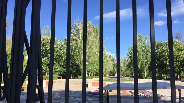 El Parque del Retiro cierra por el viento