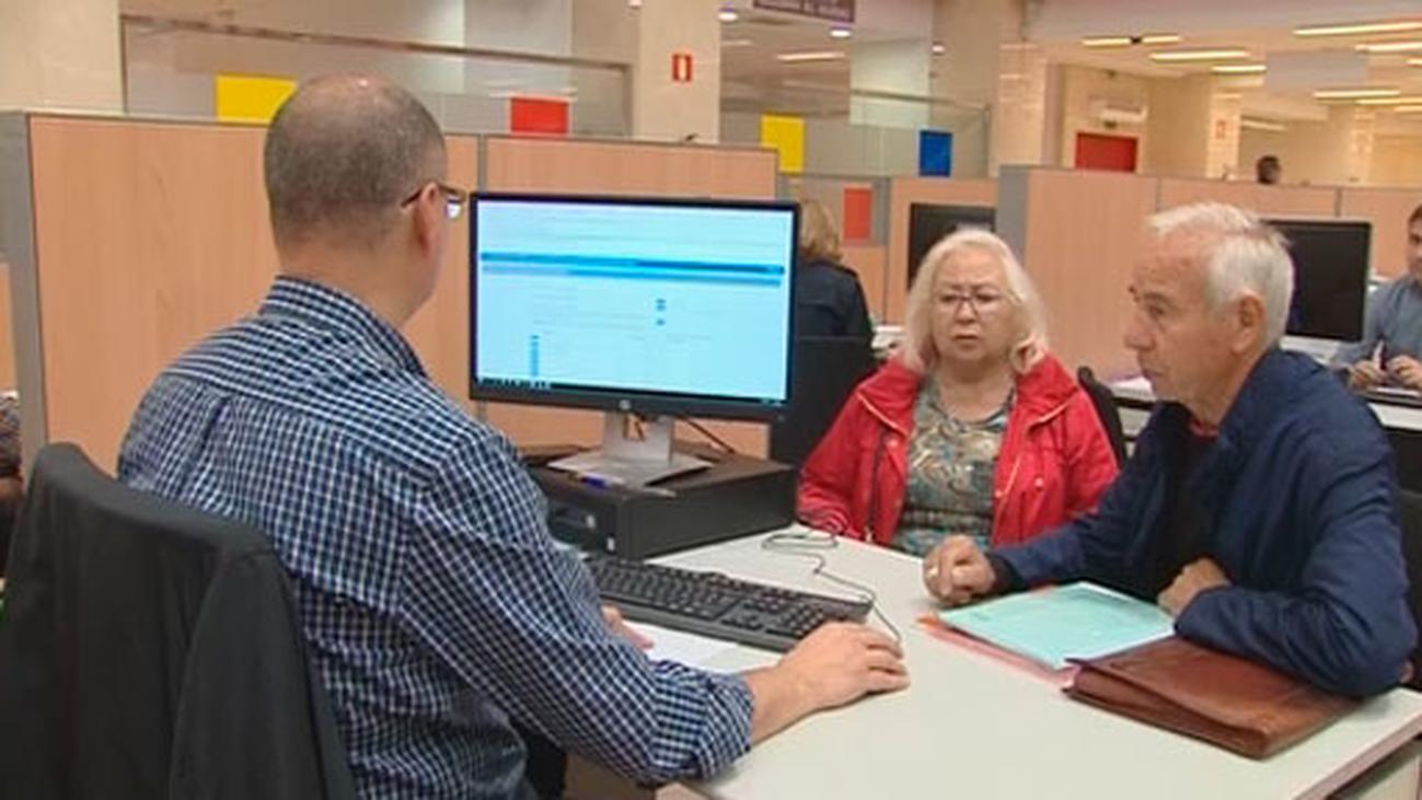 Los mayores, los más perjudicados por el fin de la declaración de la renta en papel