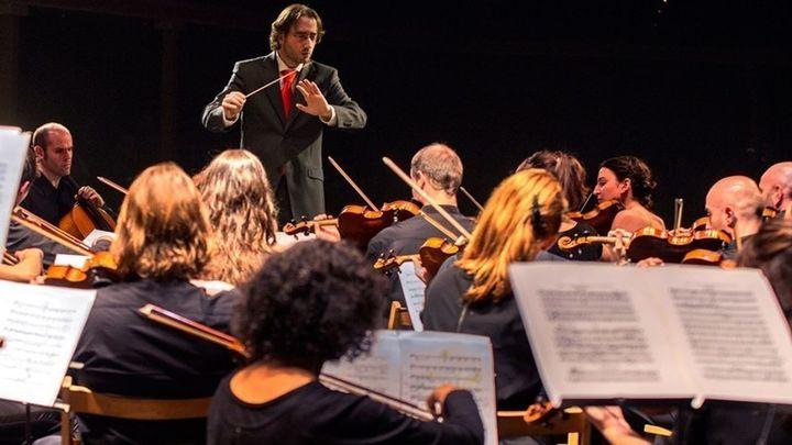 La orquesta Camerata Musicalis homenajea a Bach en el Nuevo Apolo
