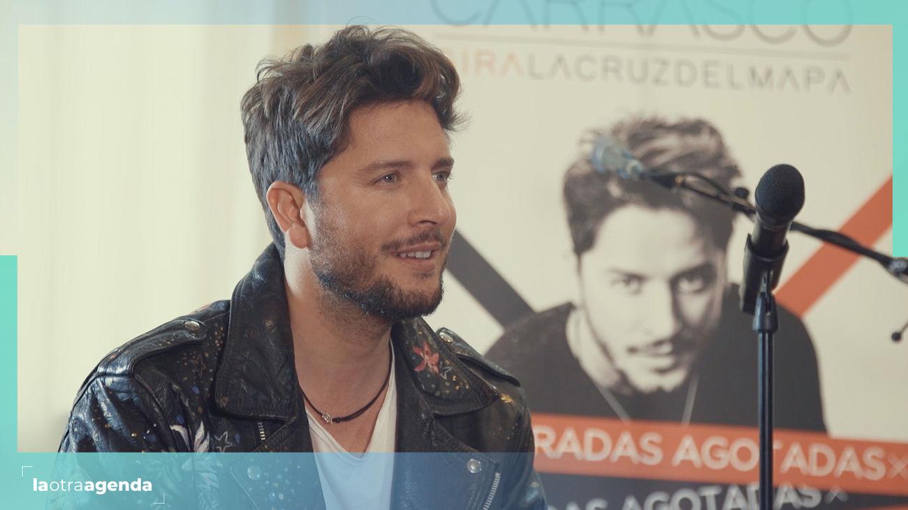 Entrevistamos al cantante Manuel Carrasco.