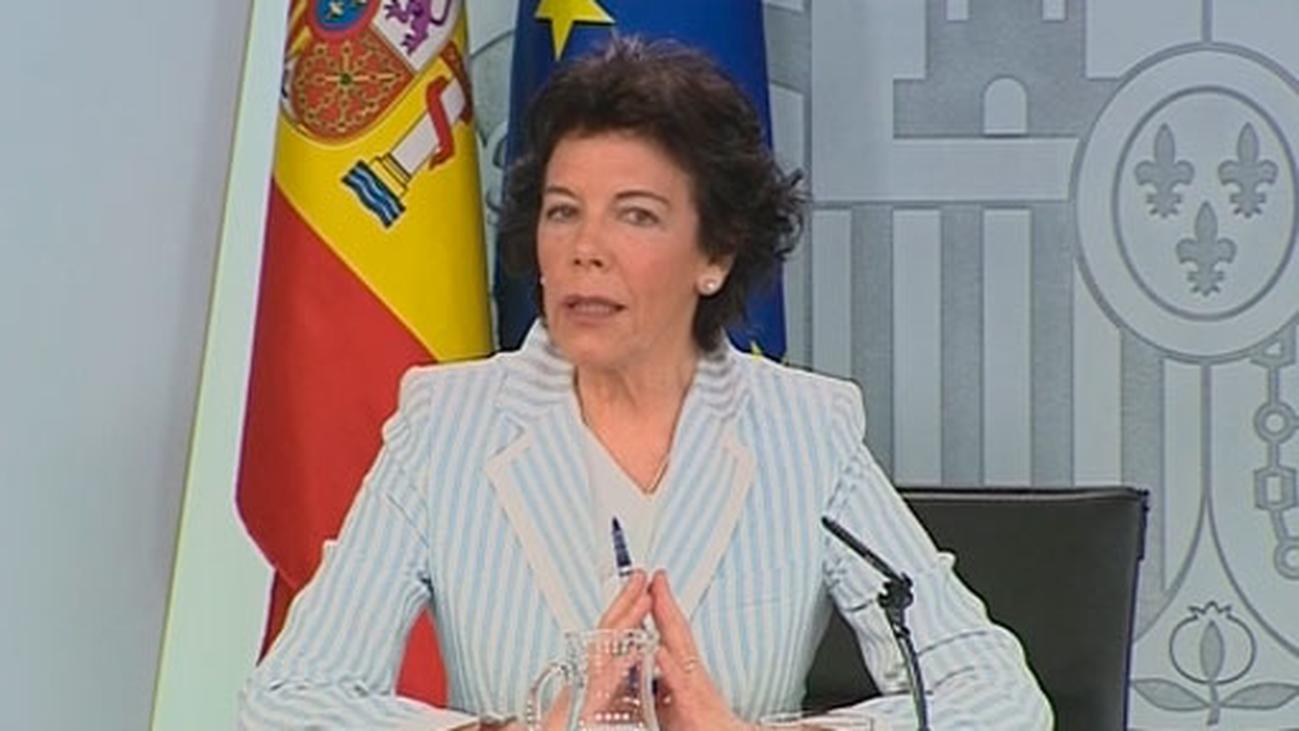 """Celaá pide tender """"puentes"""", no """"simas"""" en favor del diálogo y la estabilidad"""