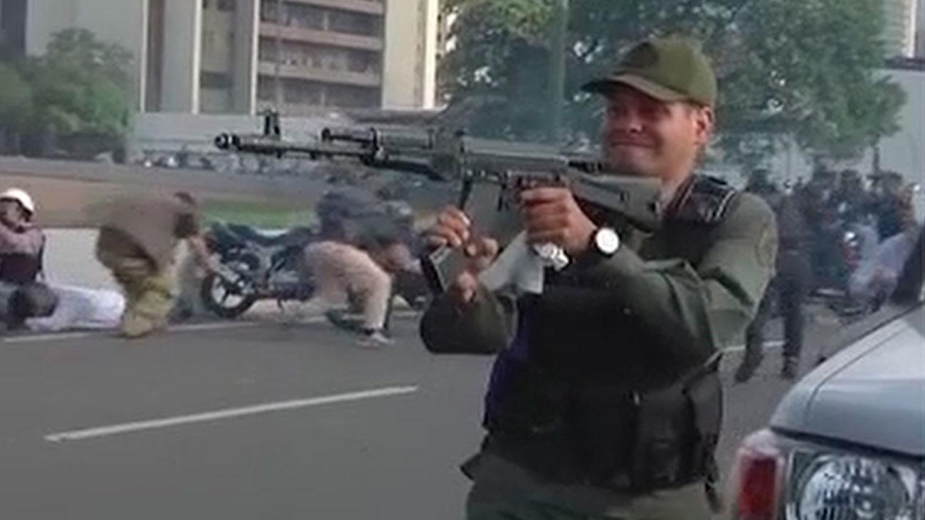Disparos cerca de movilización opositora liderada por Guaidó