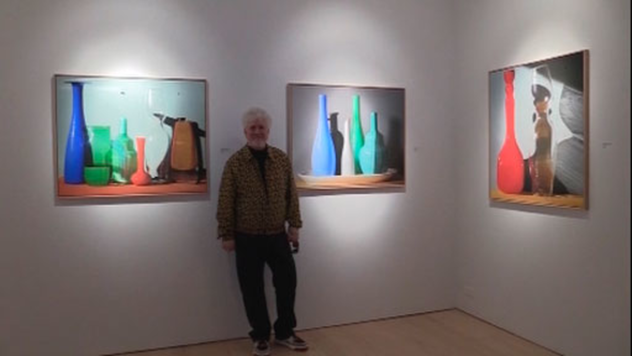 Almodóvar debuta en Nueva York como fotógrafo con la exposición 'Vida detenida'