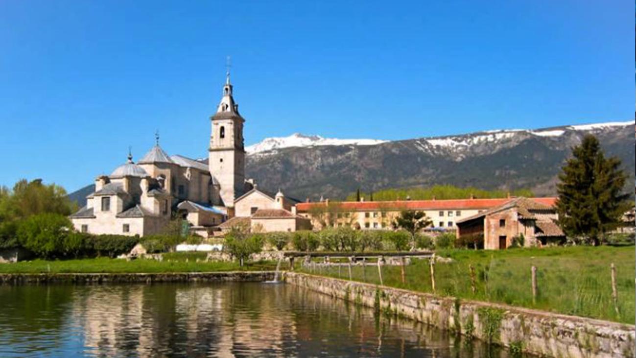 El Monasterio de El Paular acoge el Mercado de Productos Artesanos