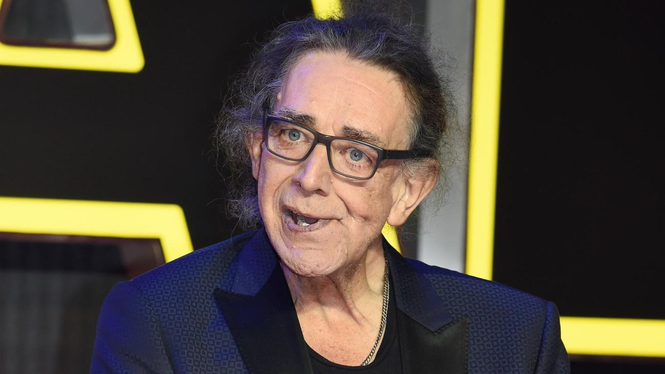 Muere Peter Mayhew, el actor que interpretó al mítico Chewbacca