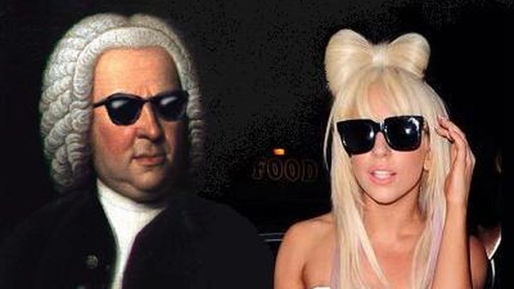 De Lady Gaga a Beachoys: cantantes modernos que se han atrevido a versionar a los clásicos