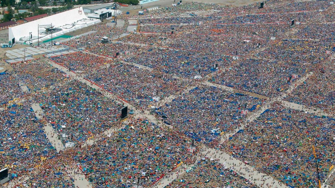 2011. Madrid acoge a 2 millones de peregrinos por la JMJ