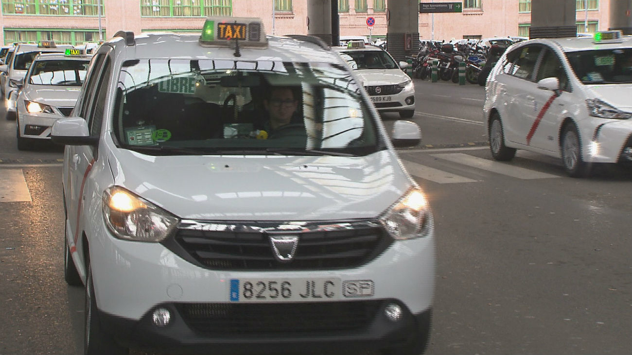 Los taxistas se unen al colectivo LGTB y llevarán mensajes contra el odio