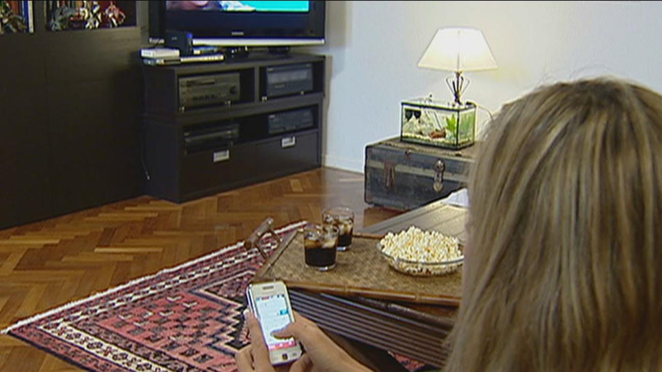 Un estudio asegura que el uso del móvil hace que se resienta nuestra vida sexual