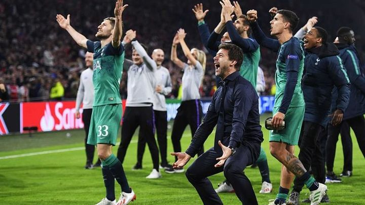 La noche mágica del Tottenham en Amsterdam