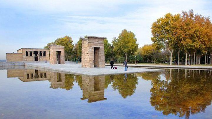 El Templo de Debod y el Planetario permanecerán cerrados hasta que se revise el arbolado