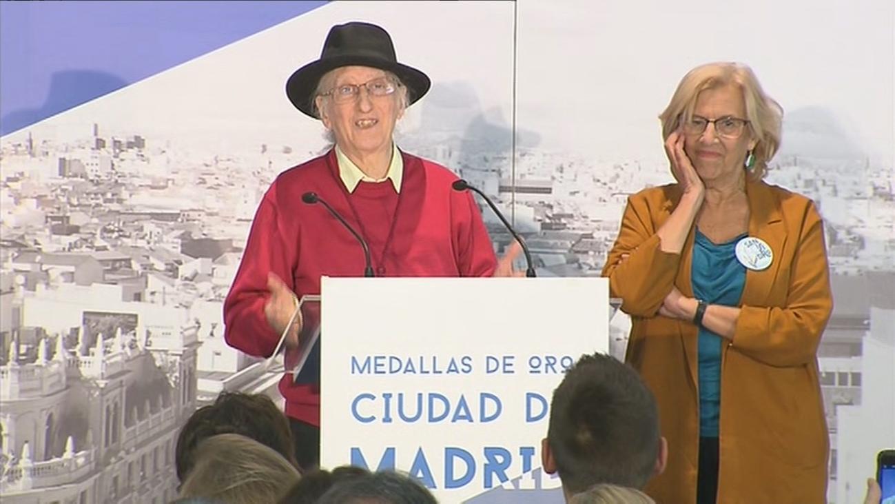 Madrid premia a Carmen Linares, Juan Tamariz, 'El Roto' y la Mesa por las Pensiones