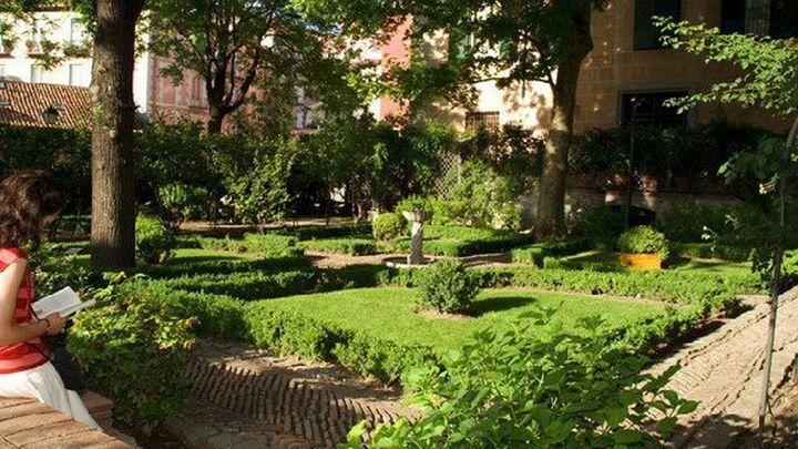 Jardín del Príncipe de Anglona: Un precioso rincón lleno de paz que también es uno de los pocos jardines nobiliarios del XVIII que se conservan en la capital