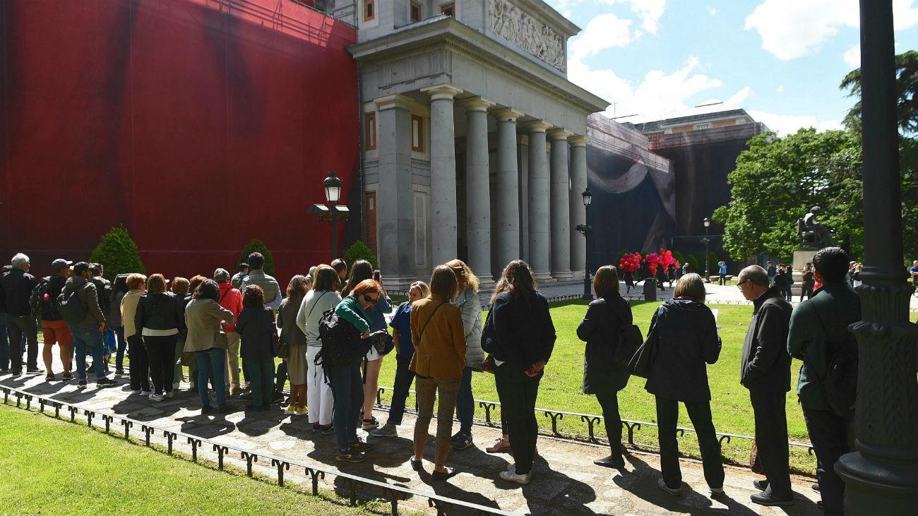 Largas colas en el Museo del Prado para celebrar el Día Internacional de los Museos 2019