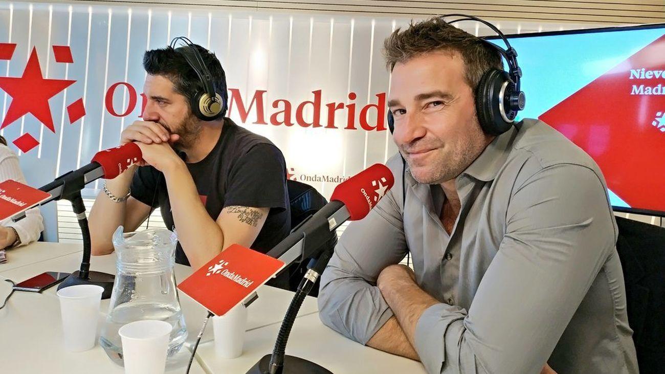 """Ignasi Vidal (escritor y director de la obra de teatro """"Dignidad"""") y Fernando Gil (uno de los protagonistas)."""