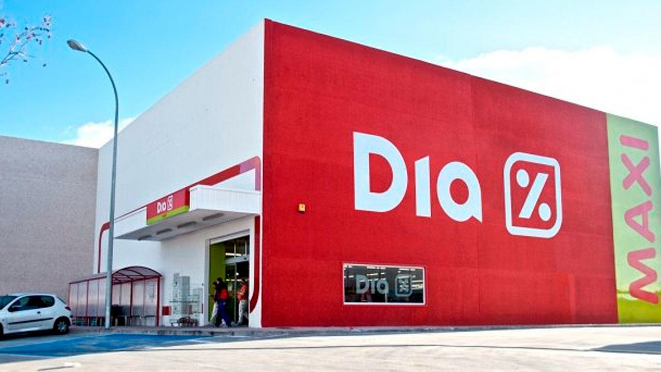El futuro de los supermercados Dia y de sus 28.000 empleados en España sigue en el aire