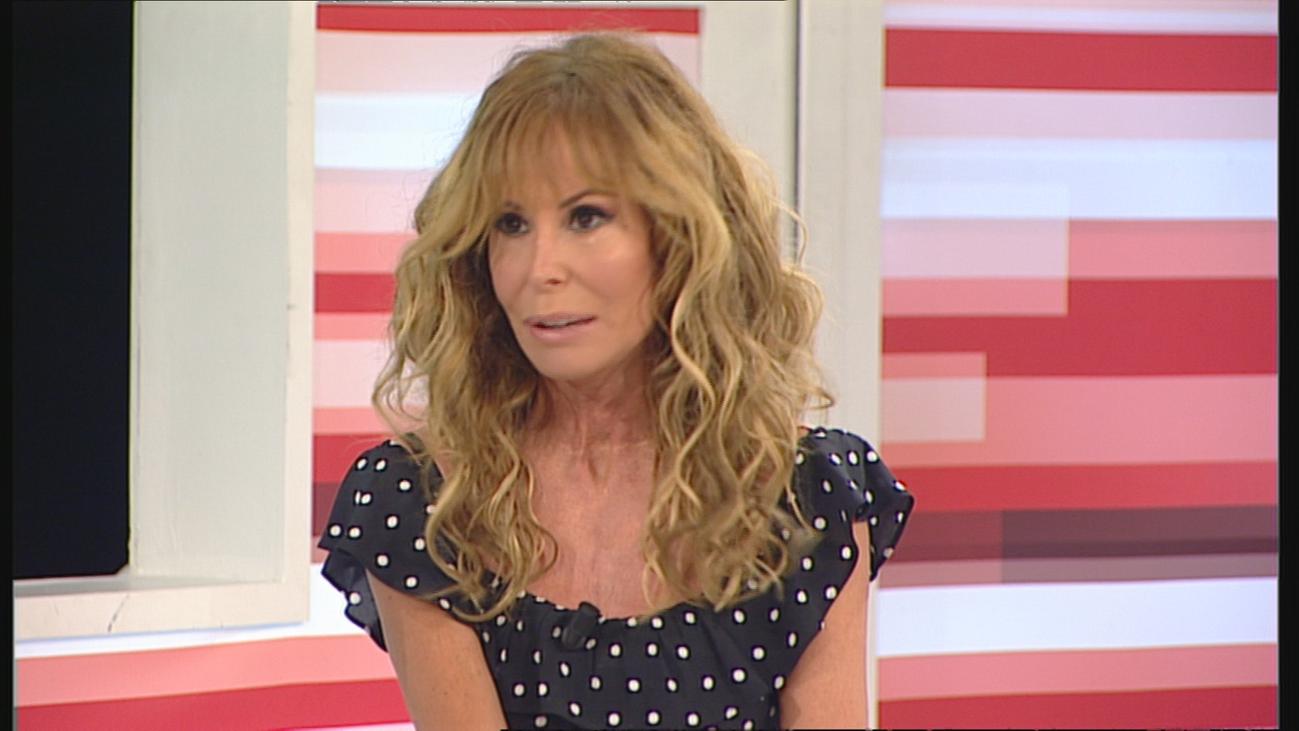 Lara Dibildos 'se enfrenta' a las arañas para presentar su obra