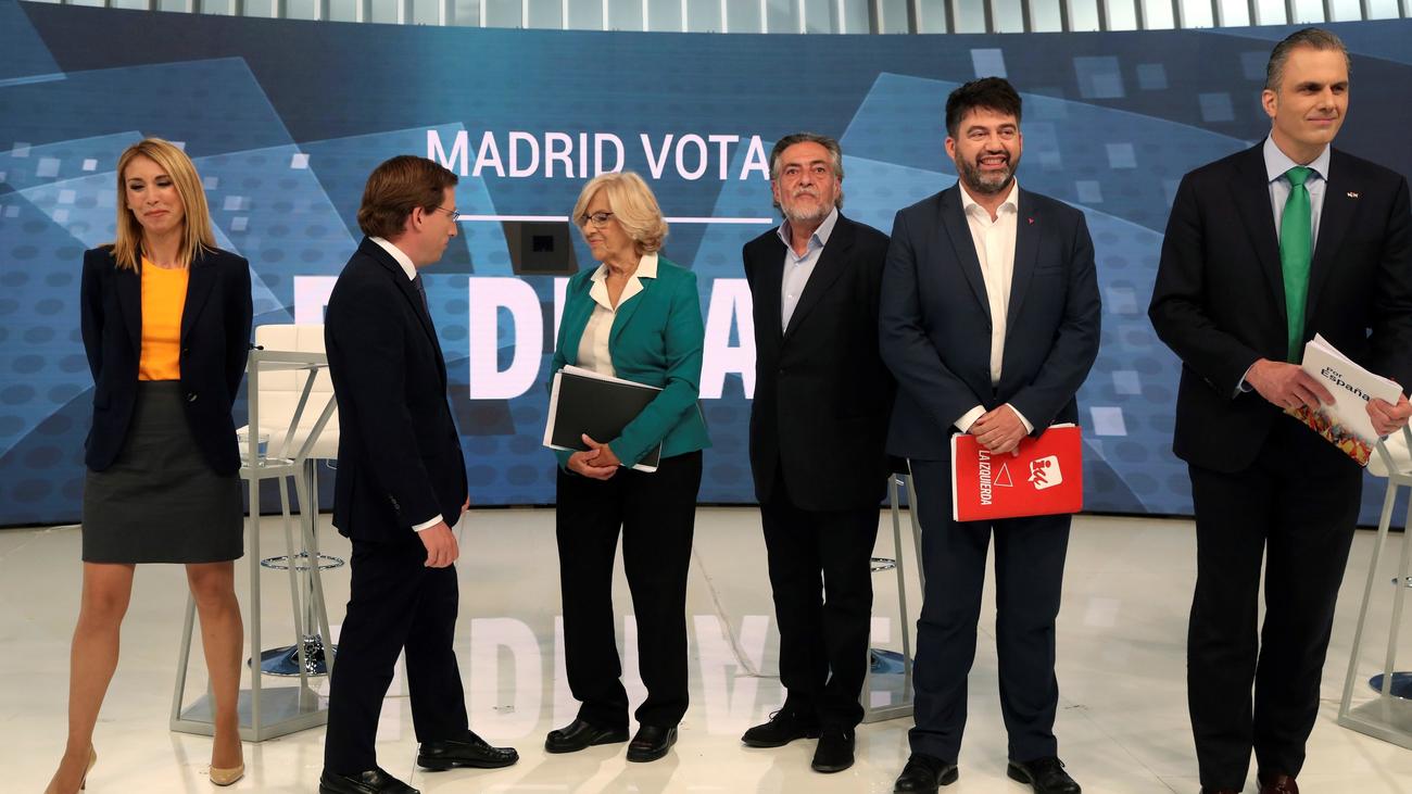 Cómo cuidar los gestos y las posturas para llegar a la Alcaldía de Madrid