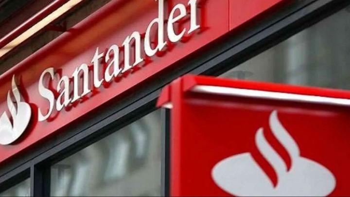 Becas Santander para la formación de 300 personas en desarrollo web