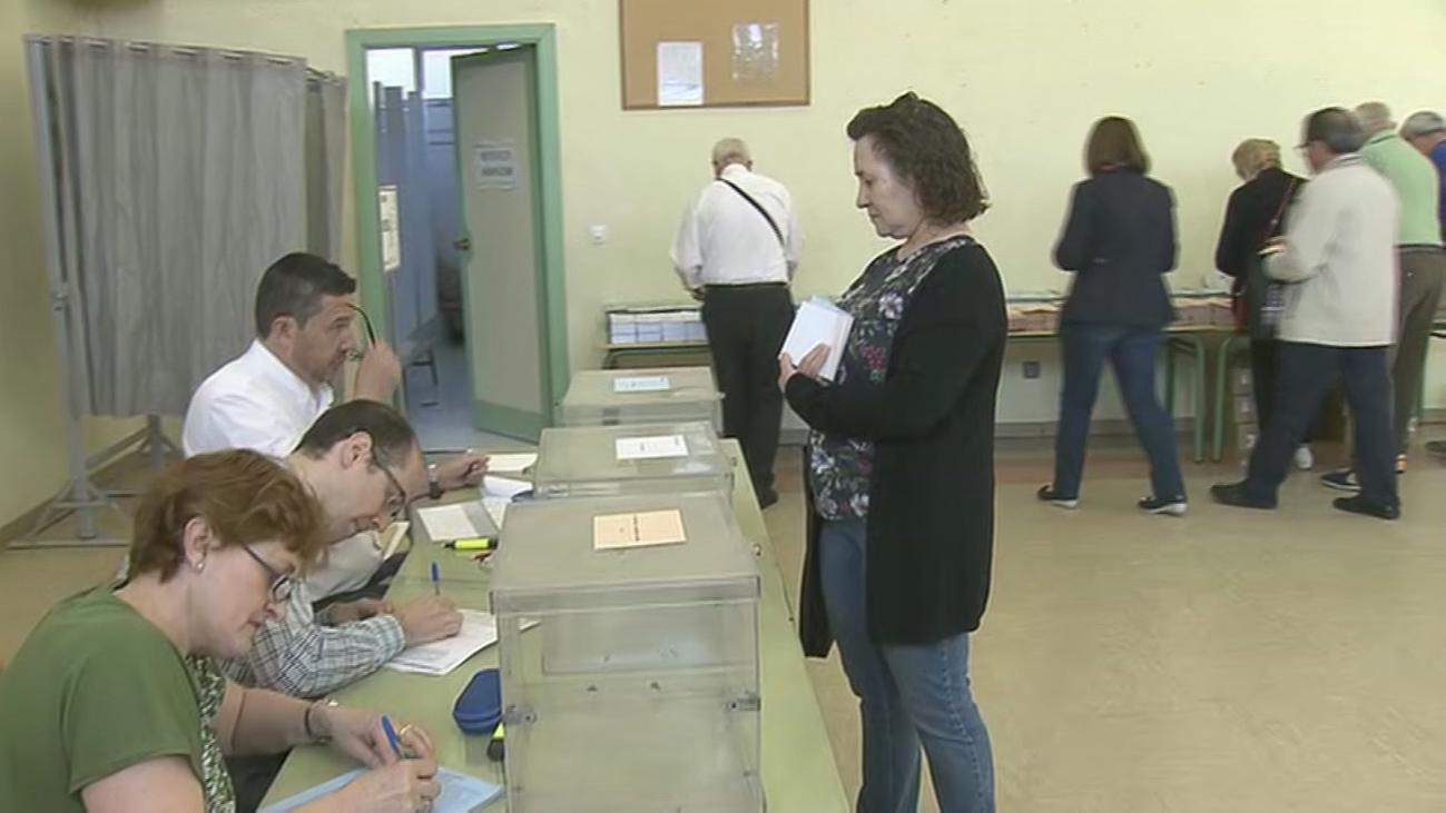 Abiertos los colegios electorales en la Comunidad de Madrid