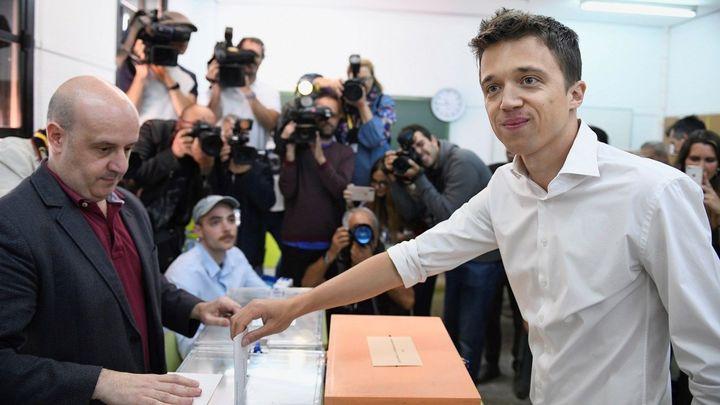 Iñigo Errejón ejerce su derecho a voto
