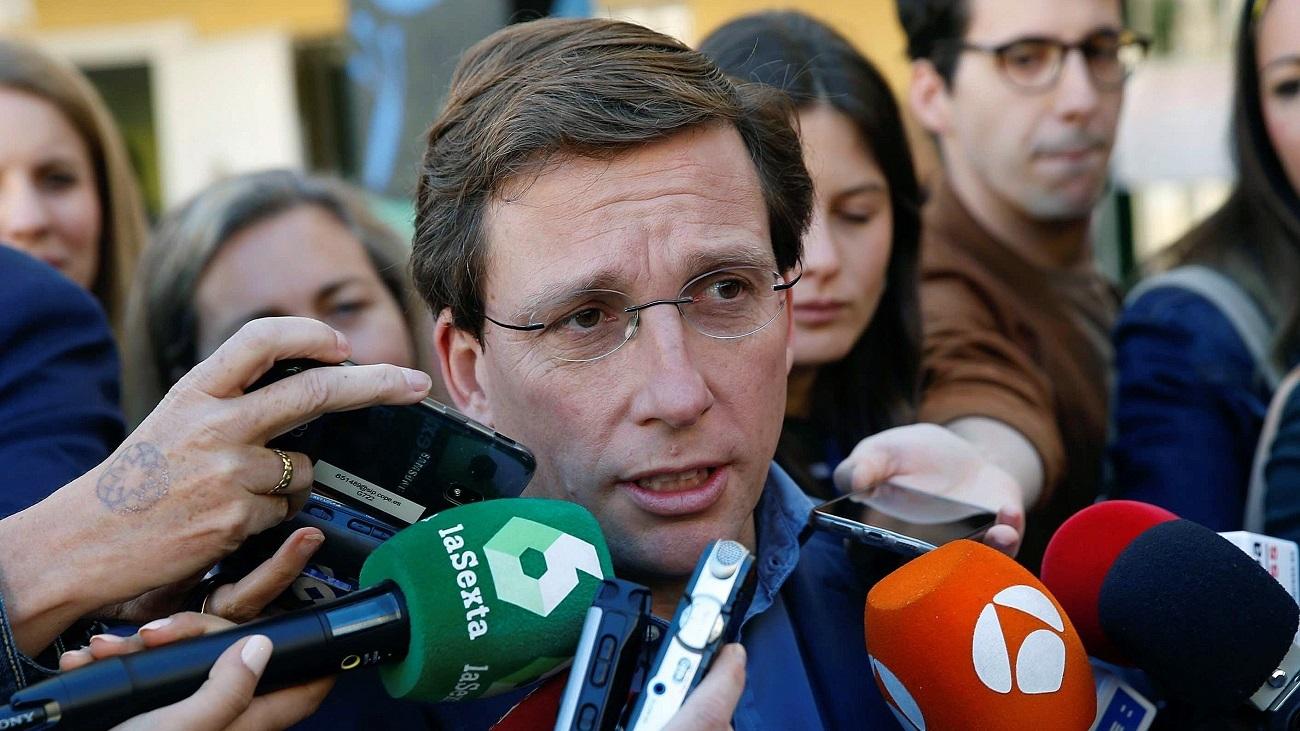 Martínez-Almeida declara ante la prensa tras votar