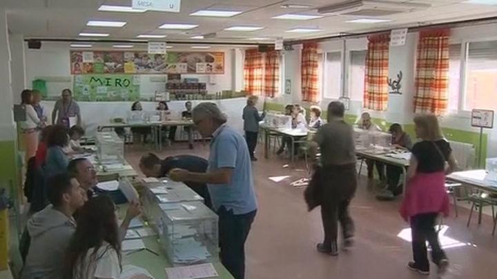 La participación en las municipalesy europeas supera el 51% en Madrid a las 18h