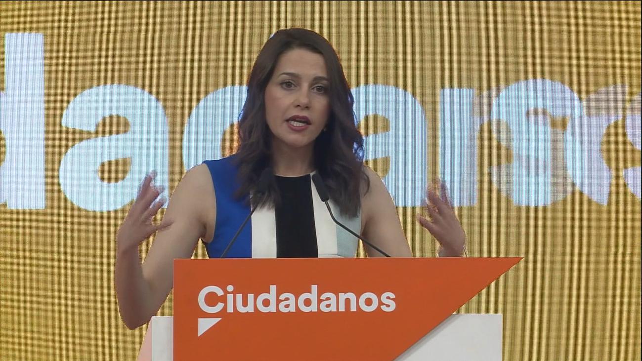 Ciudadanos crea un comité de negociación sin órdenes de vetar a PSOE ni excluir a Vox