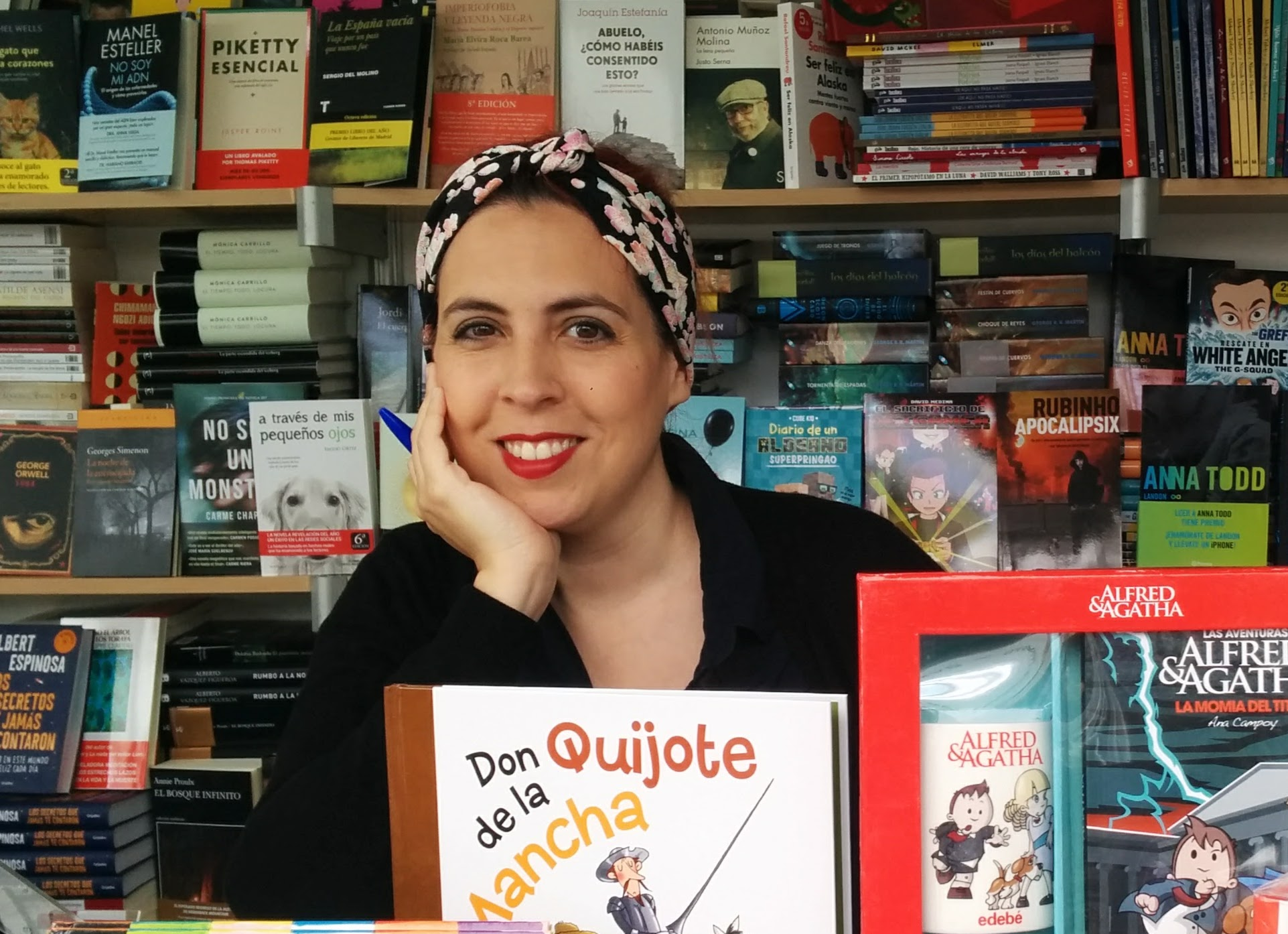 La escritora Ana Campoy