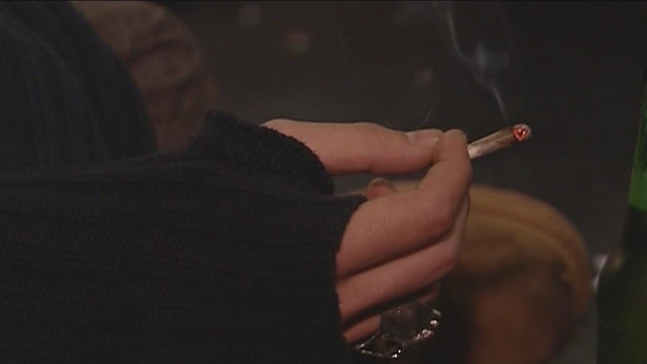 Los jóvenes creen que drogarse deteriora la imagen femenina