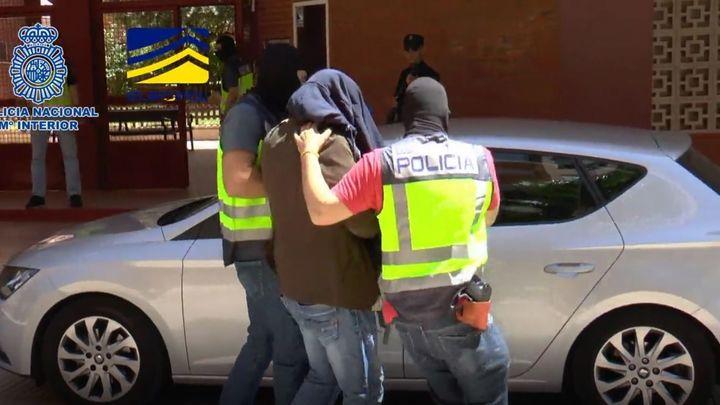 Detienen en Madrid a unsirio por facilitar el retorno de terroristas del Estado Islámico