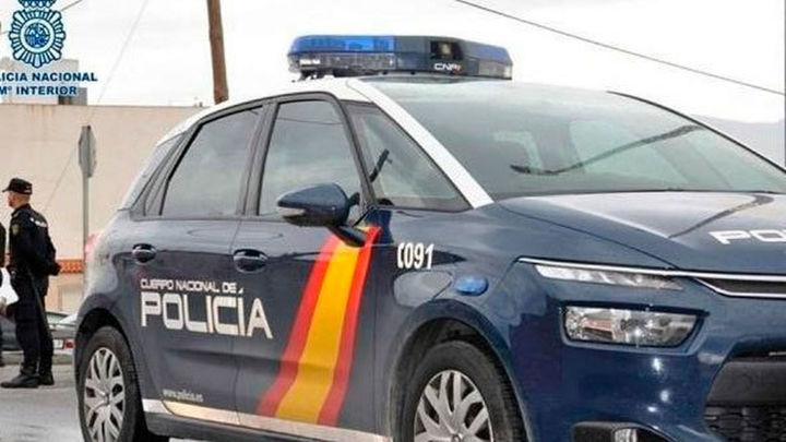 Dos detenidos en Fuenlabrada por agredir a un hombre que les recriminó dejar las bicis en medio de la acera