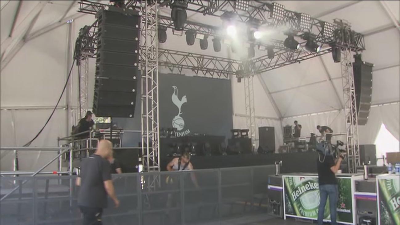 Las fanzones de Tottenham y Liverpool se llenan de cerveza y ruido
