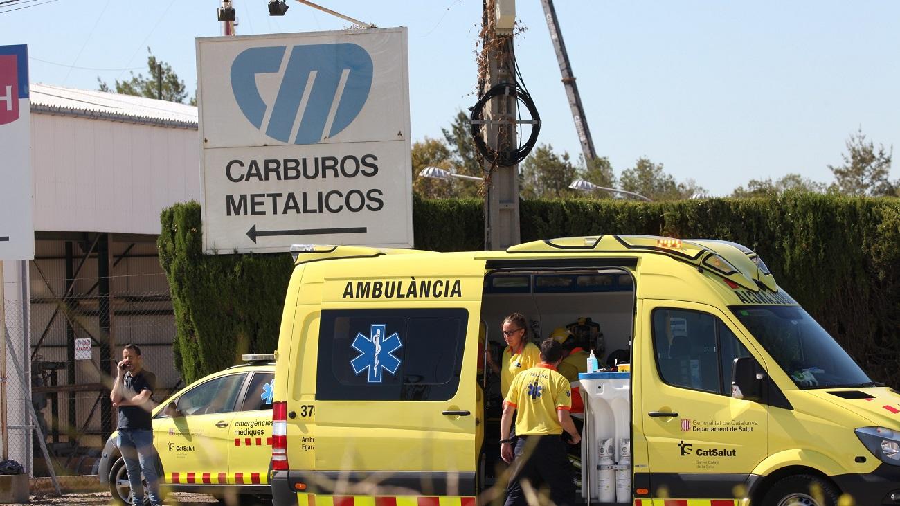 Muere un trabajador y otro permanece muy grave tras una fuga de amoniaco en Tarragona