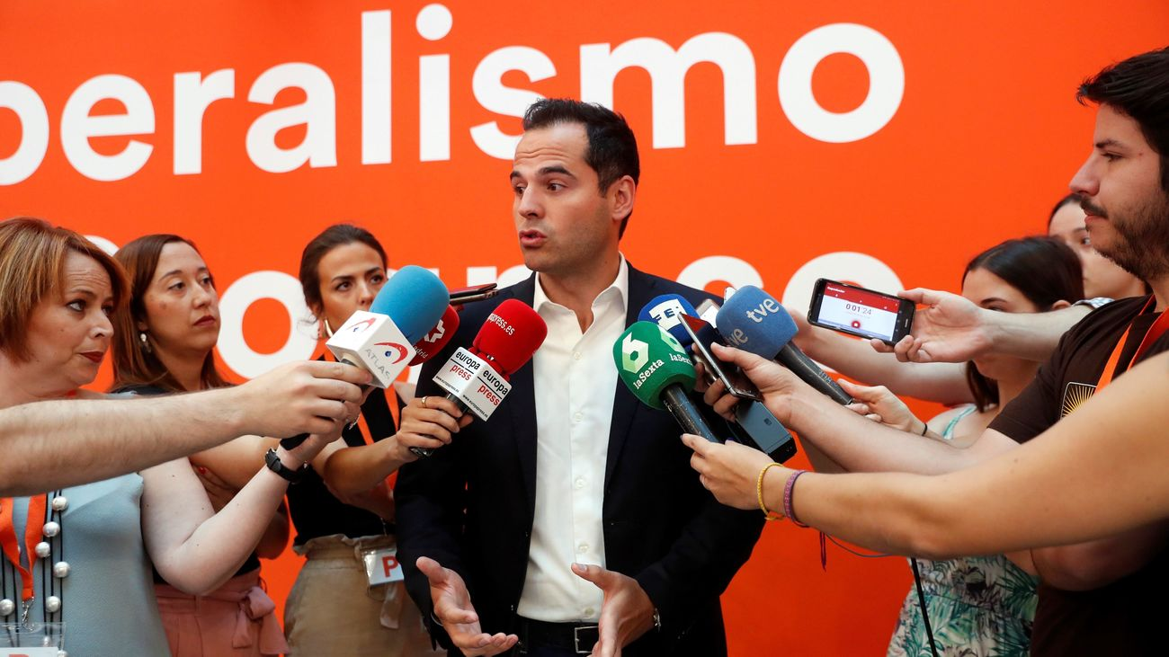 Aguado descarta que Ciudadanos permita la investidura de Carmena