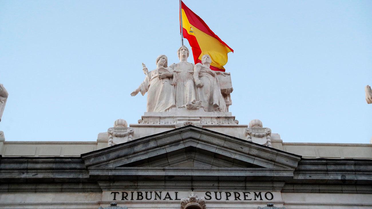 El Supremo decide si paraliza la exhumación de Franco esta semana