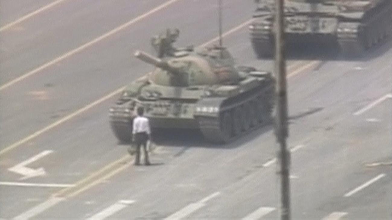 Tiananmen: Del luto por un reformista a la masacre para ahogar las protestas