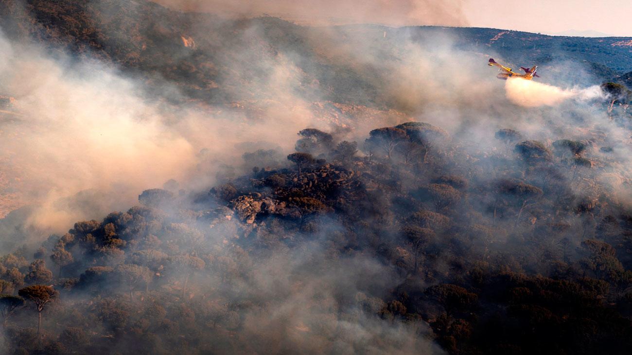 La  Unidad Militar de Emergencias se suma a la lucha contra el fuego en Avila