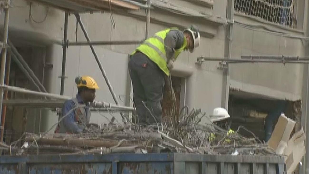 Los vecinos demandan al hotel de plaza de España por el ruido de las obras