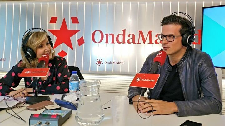 Víctor Parrado, humorista, nos presenta su monólogo: 'El Peliculero'