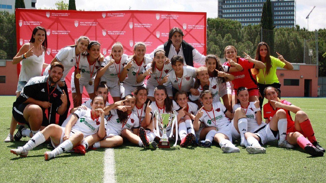 1-4. El CD Tacón gana la Copa de las Campeonas Juvenil
