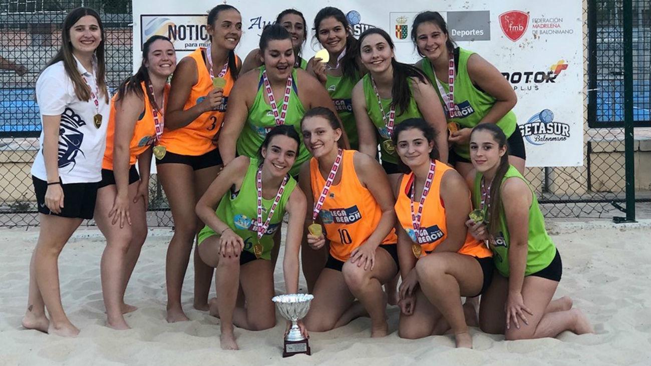El Leganés, campeón de la Liga Juvenil Femenina de Balonmano Playa