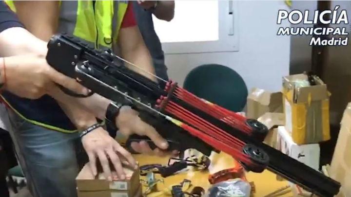 Detenido en Puente de Vallecas por vender y fabricar armas prohibidas altamente peligrosas