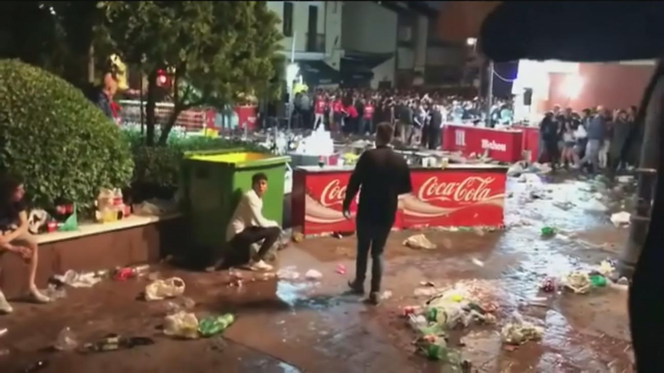 Lanzamiento de botellas en las fiestas de Getafe