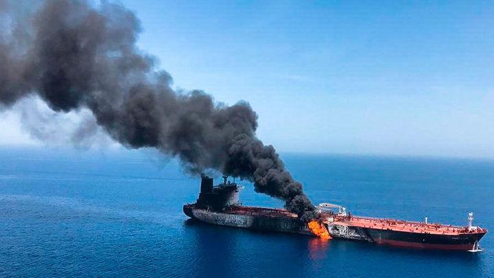 El ataque a dos buques cisterna dispara la tensión en el Golfo Pérsico