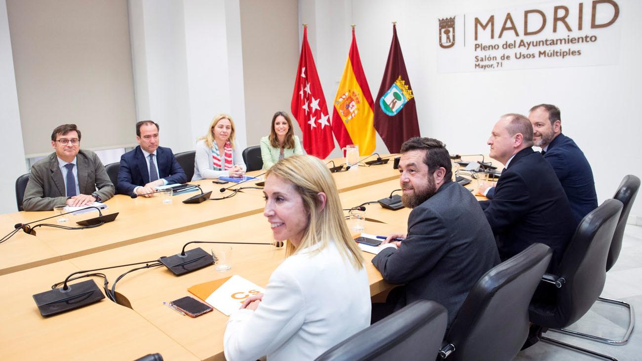 Nueva reunión entre Ciudadanos y PP para pactar la Alcaldía de Madrid
