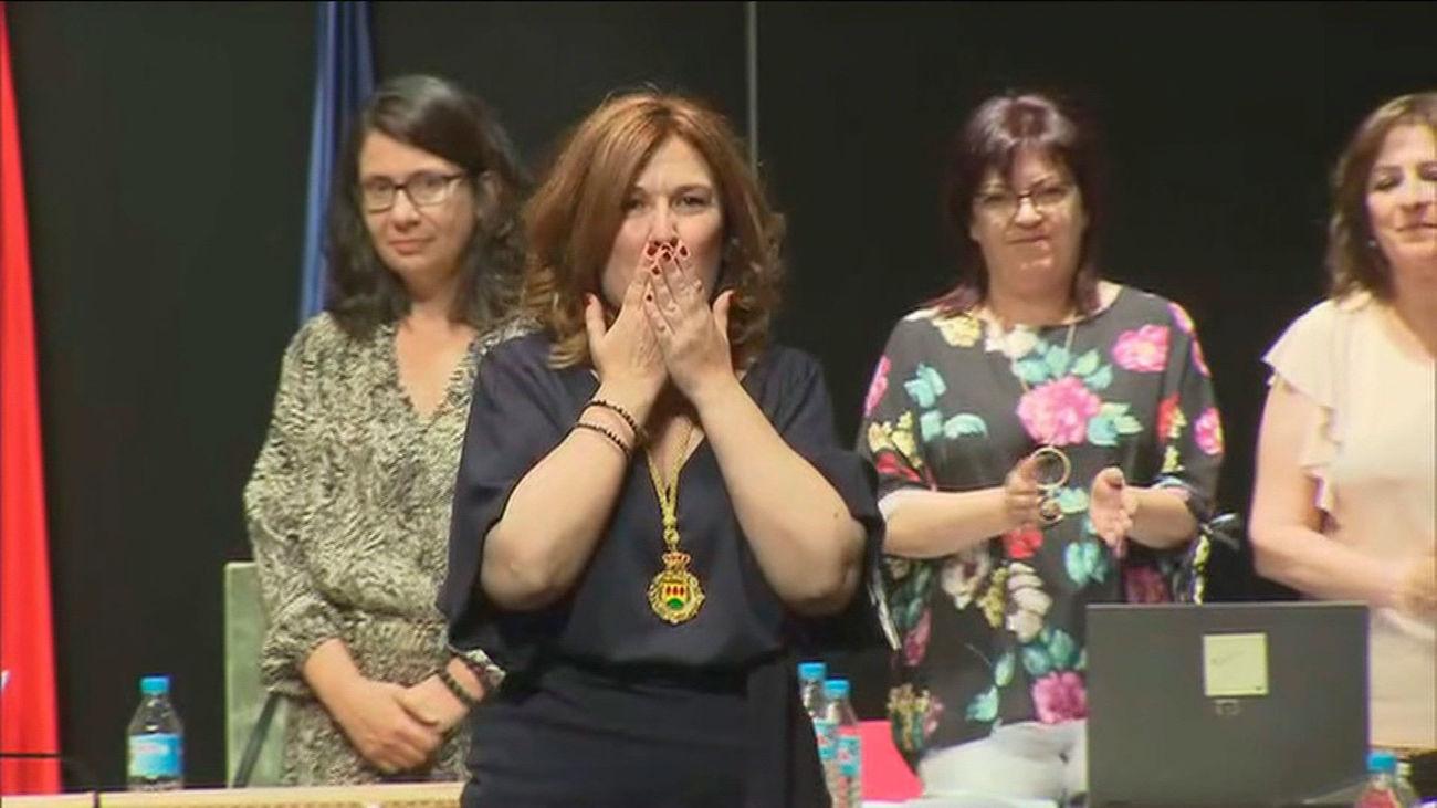 Natalia de Andrés saluda tras su proclamación como nueva alcaldesa de Alcorcón