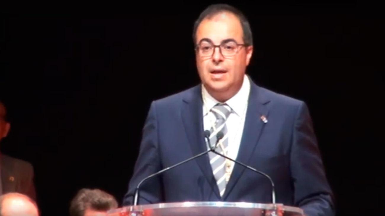 Santiago Llorente, durante su discurso tras su reelección como alcalde de Leganés